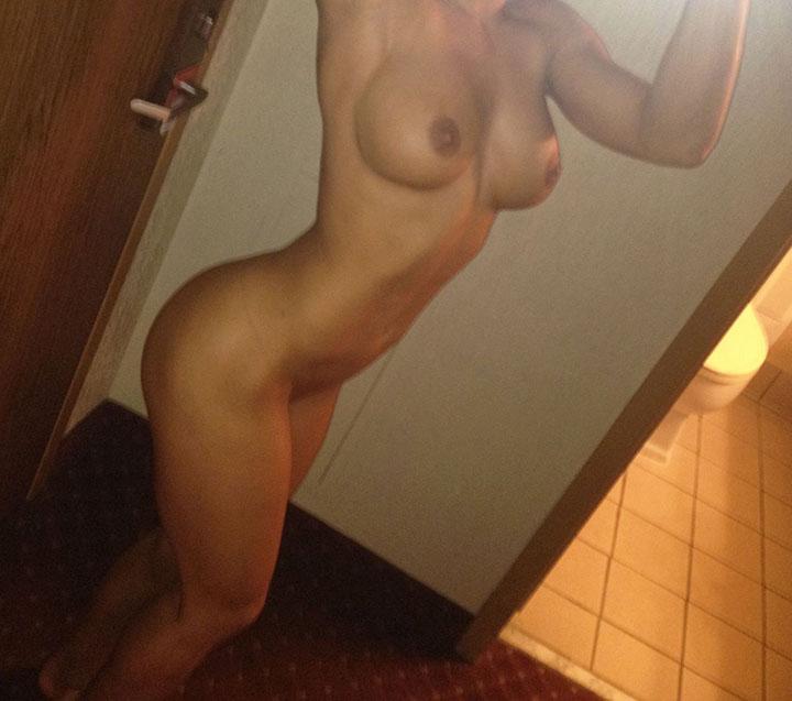 WWE Brooke Adams naked