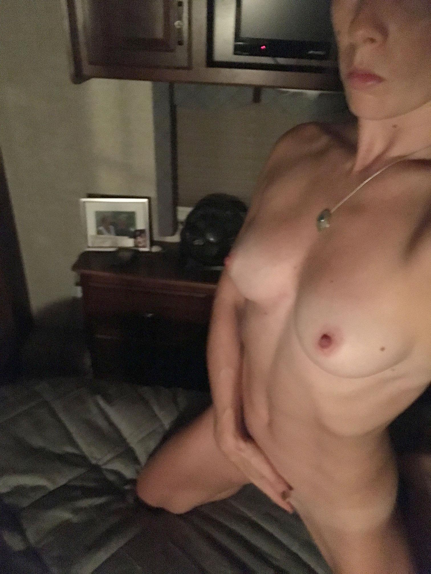 Ballet Dancer Chelsea Teel Masturbating
