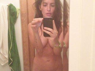 Dallas Cowboys Cheerleader Turned Actress Sarah Shahi Leaked Nudes
