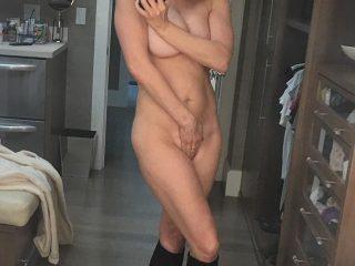 Chelsea Handler Nude Photos Leaked
