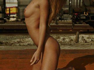 Marisa Papen Nude Photoshoot (14 Photos)