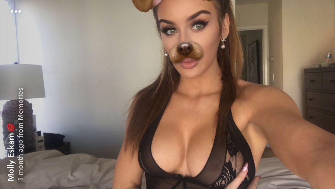 Molly Eskam Nude Leaked