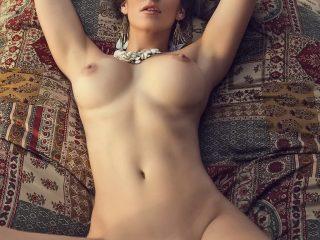 Anais Zanotti Nude Pics