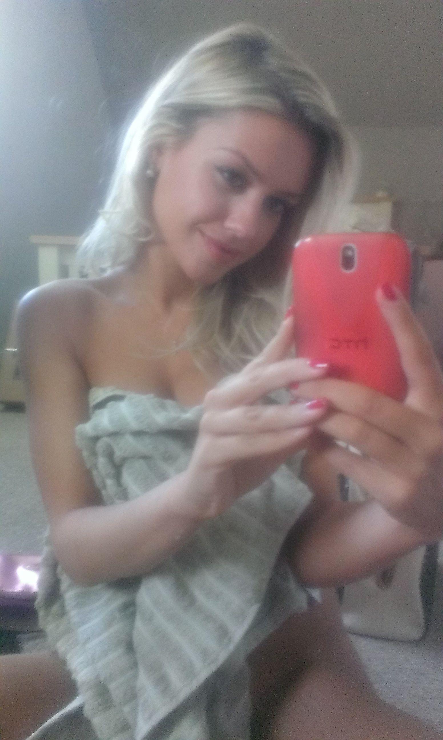 Anthony Stokes' Girlfriend Eilidh Scott Nude Leaked iCloud Photos