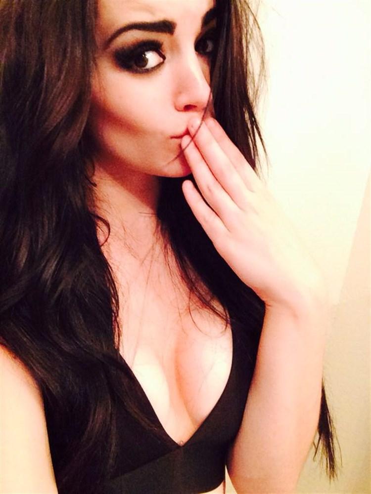WWE Diva Paige Christmas Leaked Dildo Anal Masturbation