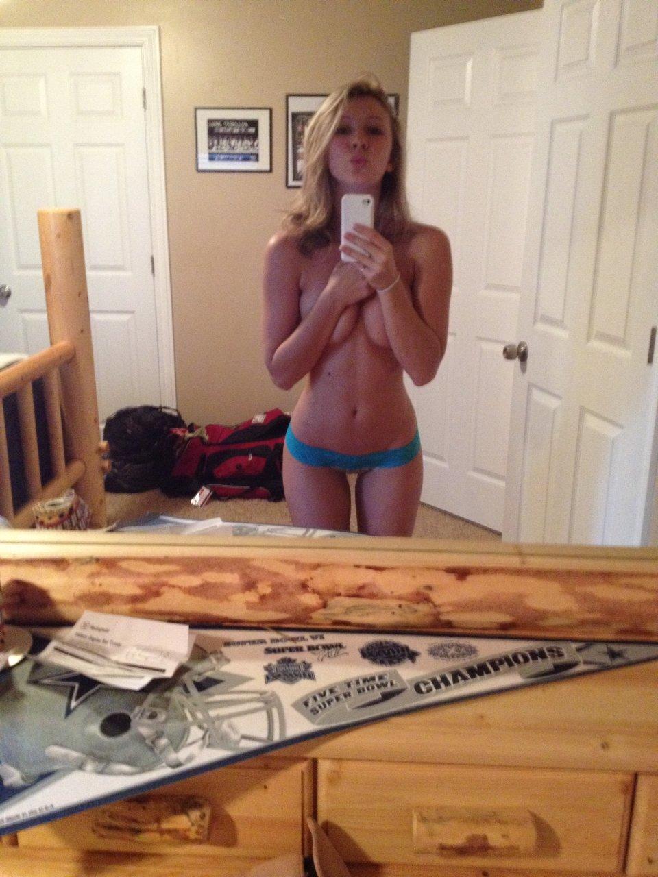 Dallas Cowboys Cheerleader Tobie Percival The Fappening Leaked Nude Selfies