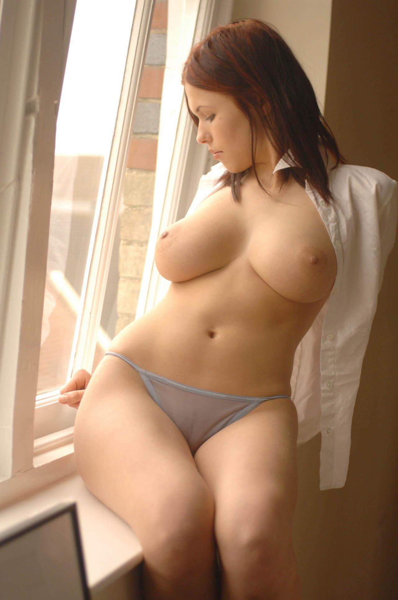 Polish Actress Iga Wyrwal Nude Photo Shoot