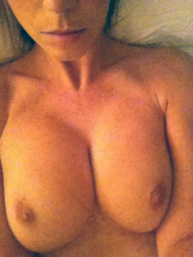 The One Show Presenter Alex Jones Nude Photos Leaked The Fappening