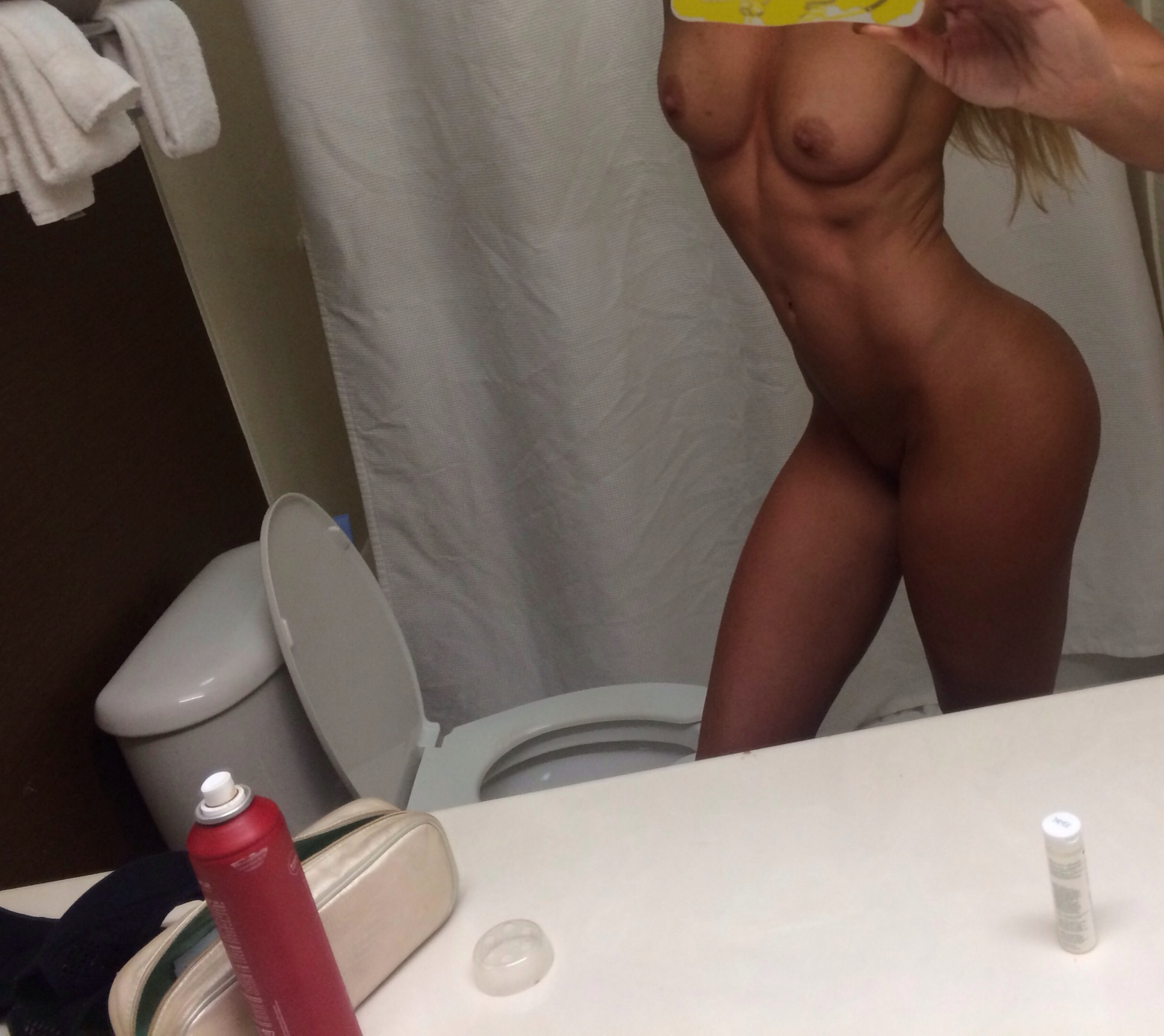 Danielle Wyatt nude leaked lesbian sex tape and sex photos from SnapChat The Fappening 2019